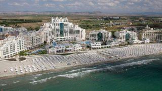 Курорт Поморие в Болгарии знаменит пляжами, достопримечательностями, а также оздоровительными процедурами.