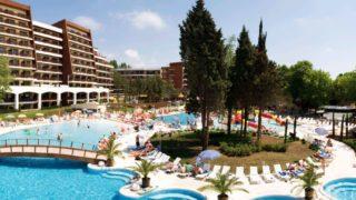 Особой популярностью пользуется курорт Албена (Болгария).