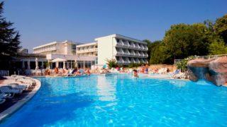 Албена — довольно тихий приятный курорт Болгарии