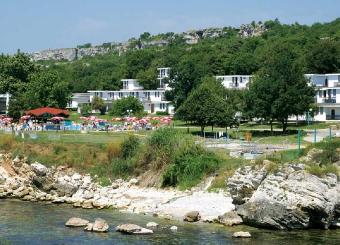 Kurort-i-otel-Rusalka-rajskij-ugolok-dostoprimechatelnost-Bolgarii