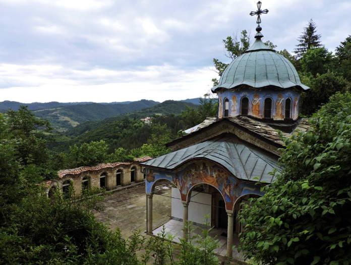 Sokolskij-monastyr-Bolgarija