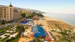 Самый известный курорт Болгарии Золотые Пески расположен на территории национального парка