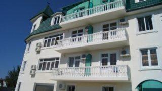 В Абхазии Гагра считается самым обустроенным курортом.