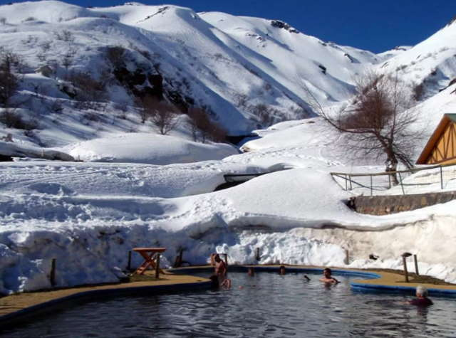 Nevados-de-Chiljan-gornolyzhnyj-kurort